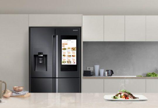 Samsung представила розумний холодильник зі штучним інтелектом 5