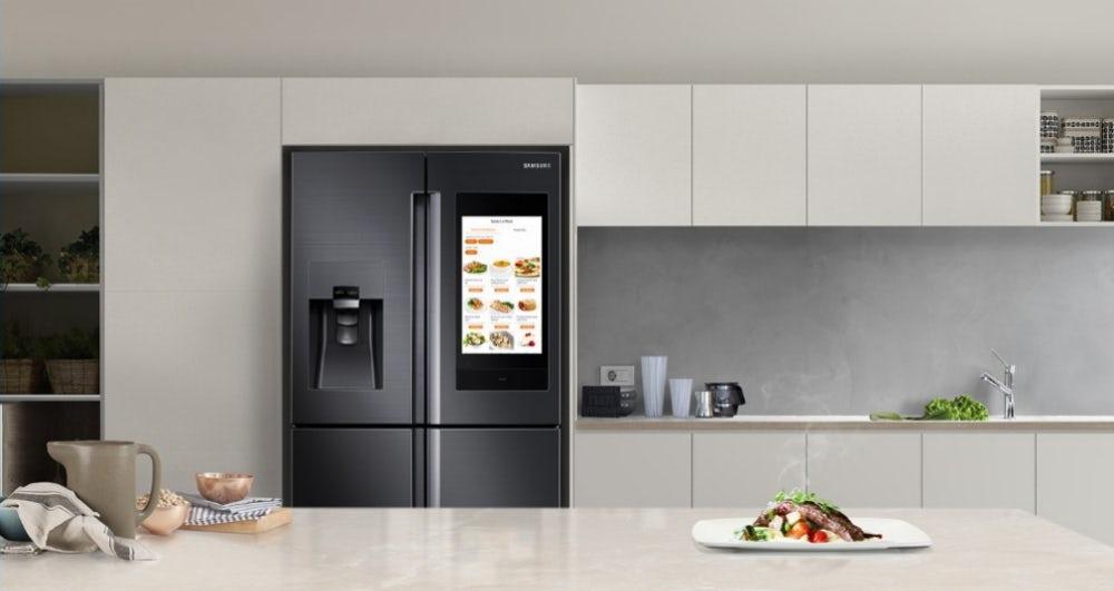 Samsung представила розумний холодильник зі штучним інтелектом 7