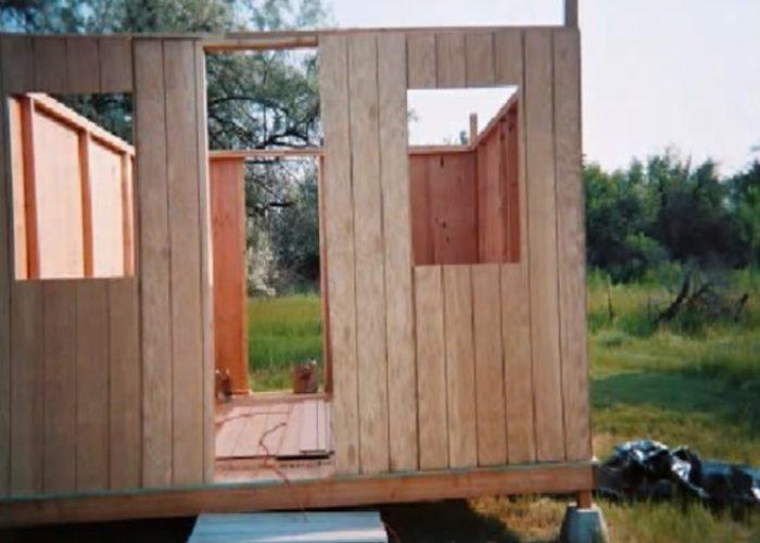 Як самому побудувати садовий будиночок всього за $2000 10