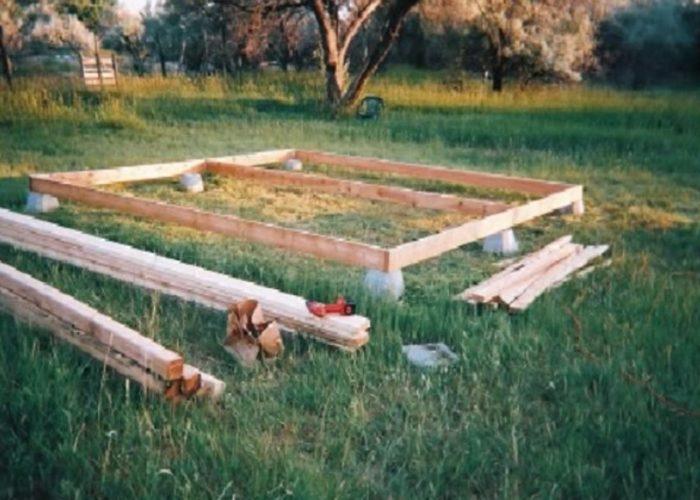Як самому побудувати садовий будиночок всього за $2000 13