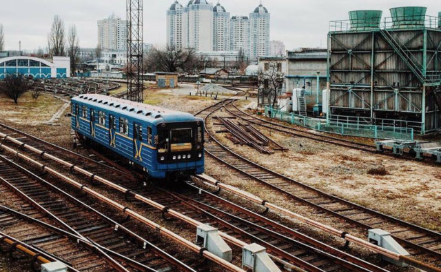 Проект будівництва метро на Троєщину мають підготувати у 2019 році-голова Деснянського району