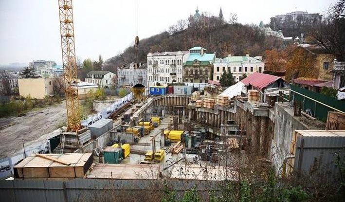 Новини КМДА вимагає зупинити будівництво готелю на Подолі 1