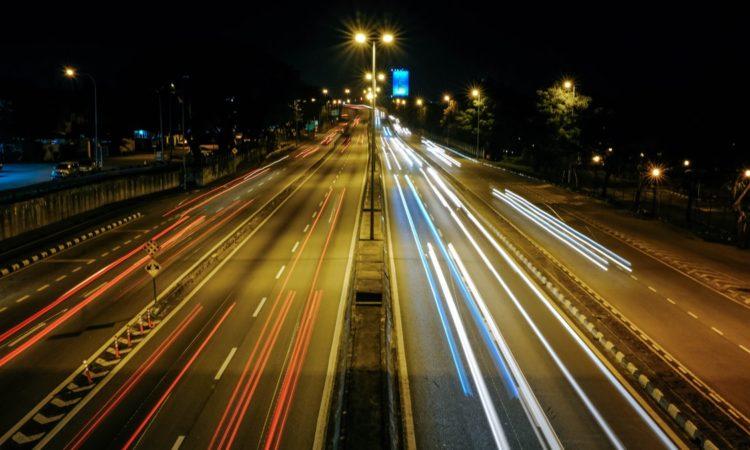 Дороги в Украине получат светоотражающие вставки 1
