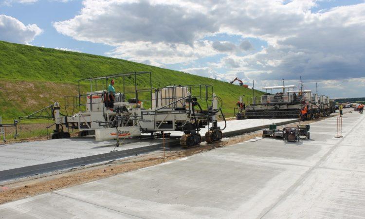 Одесу і Херсон з'єднає 300-кілометрова бетонна дорога 1