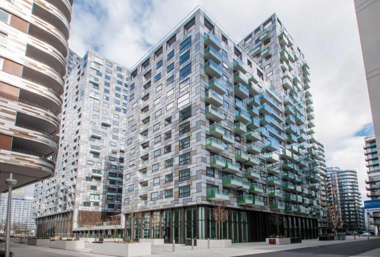 Правительство Великобритании призывают запретить уродливые здания 5