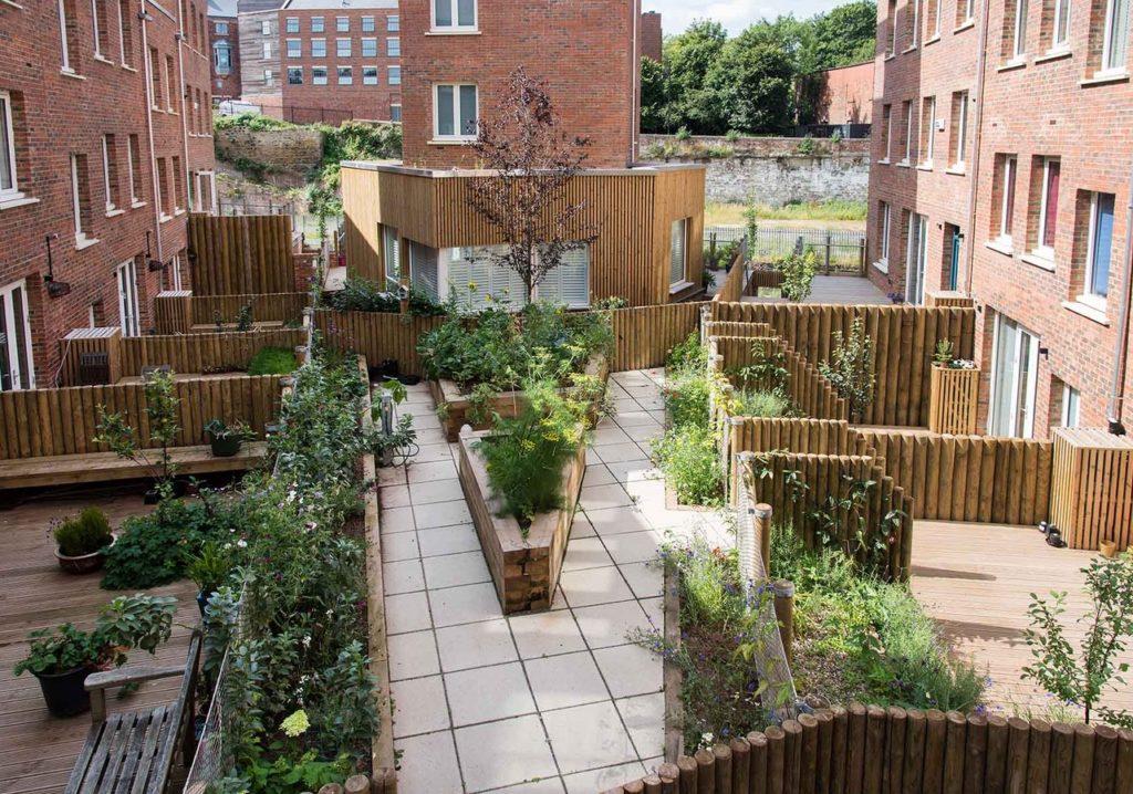 Правительство Великобритании призывают запретить уродливые здания