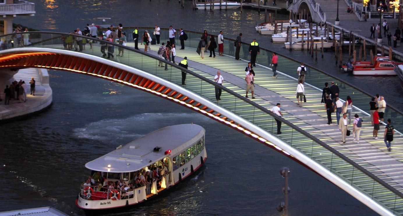 В Венеции архитектор заплатит 78 000 евро штрафа за неудачный мост 1