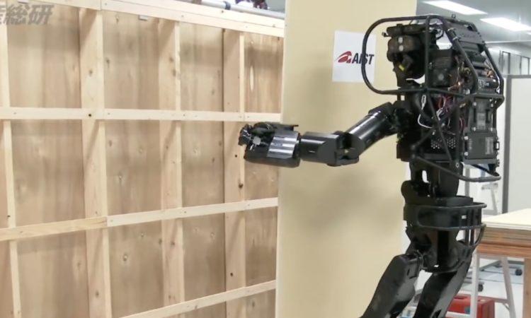 Человекоподобный робот — залог успеха в бизнесе 1