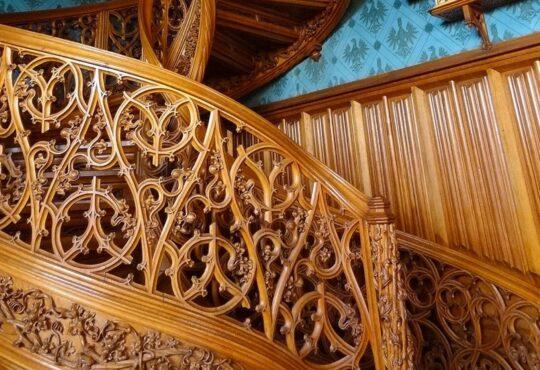 Винтовая лестница. Гвинтові сходи