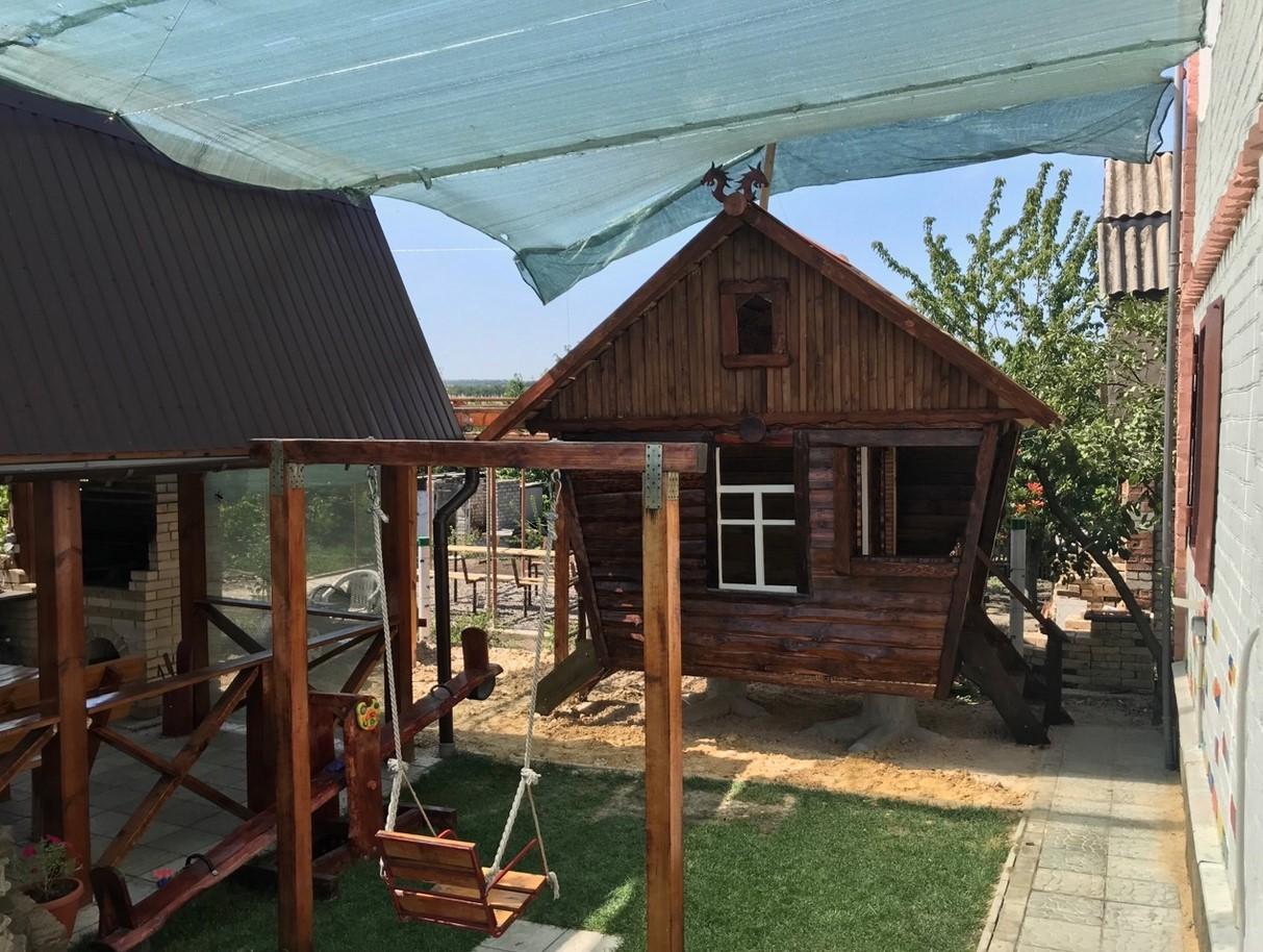 Детский домик из дерева. Дитячий будиночок з дерева
