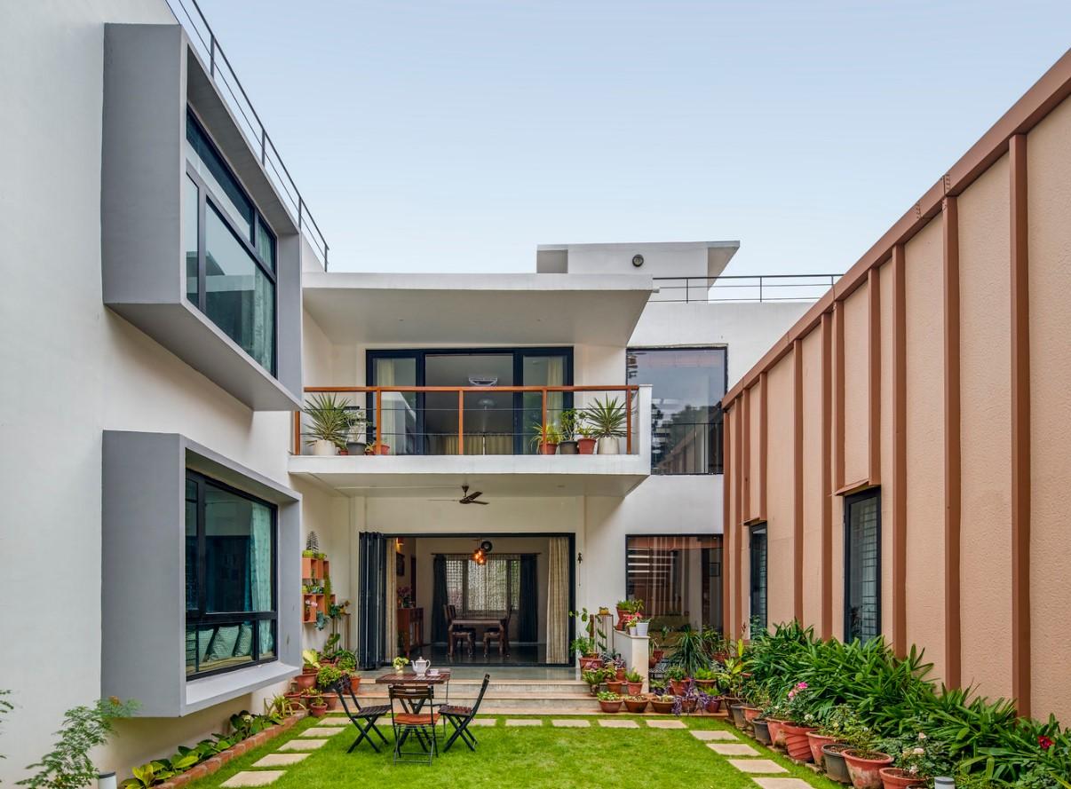 Строительство домов. Будівництво будівель