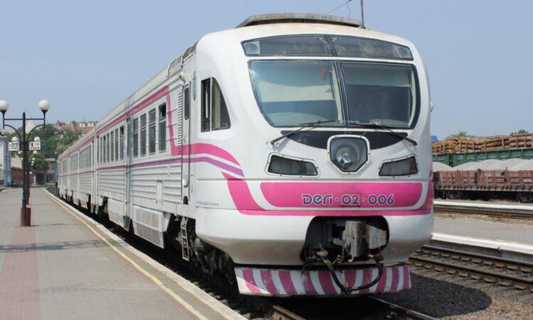 Железная дорога напрямую соединит Черновцы и Каменец-Подольский 2